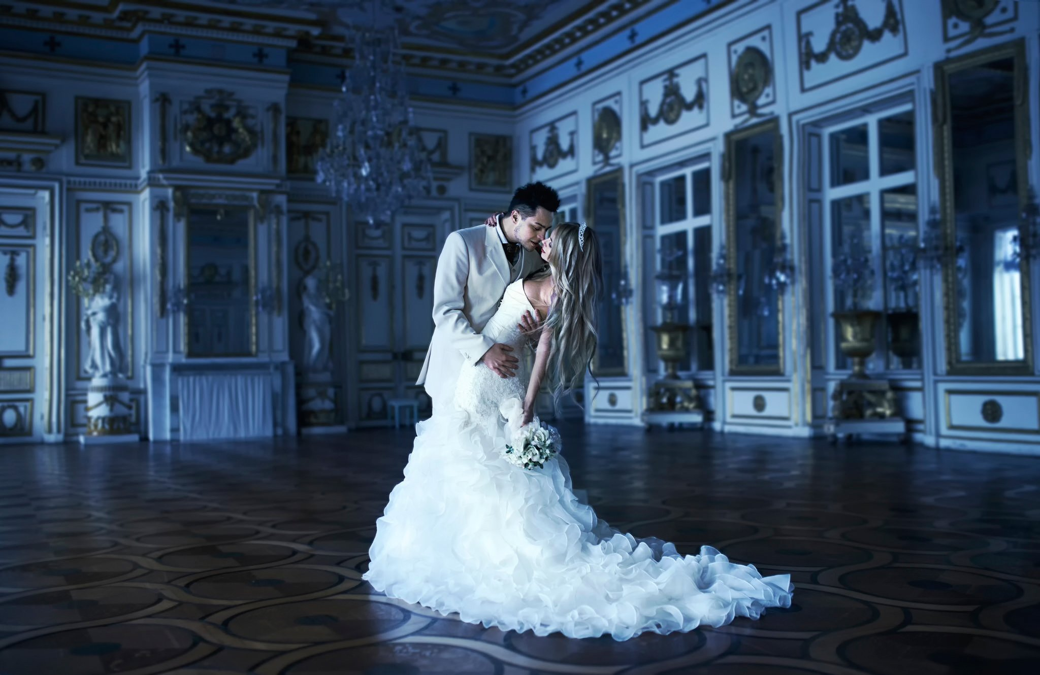 Wedding dance studio baila for Best wedding dresses for dancing